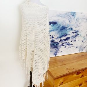 LuLaRoe Cream Crocheted Mimi Poncho